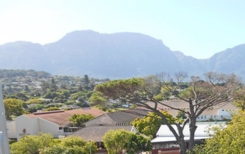 A rare gem in Wynberg!